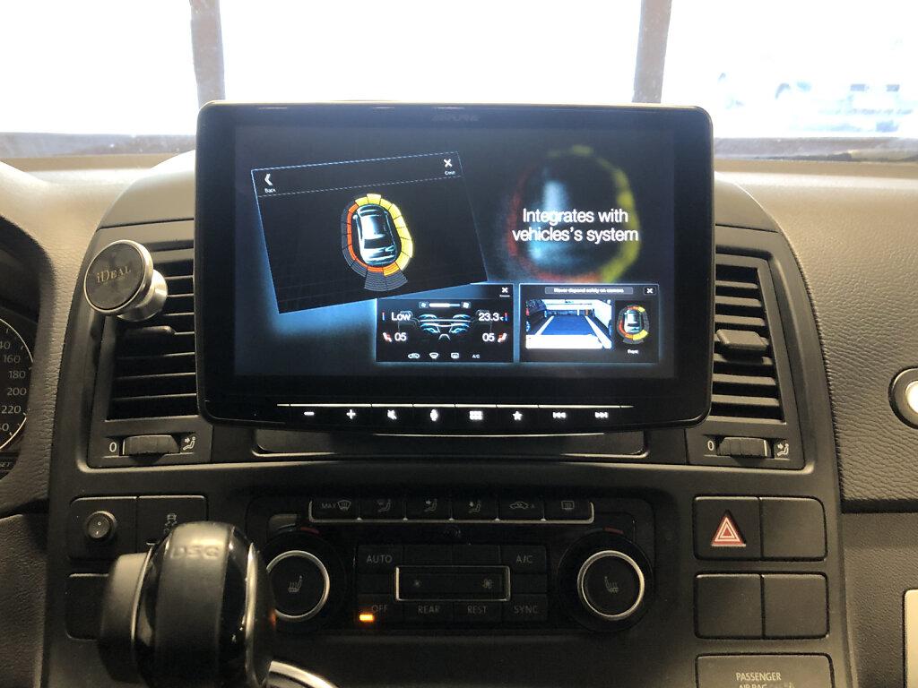 VW-Multivan-Halo.jpg